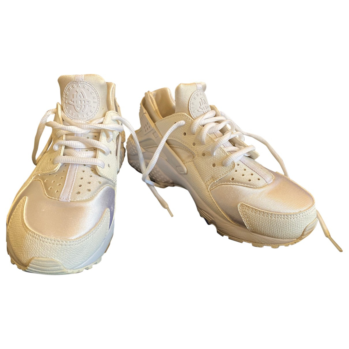 Nike Huarache White Cloth Trainers for Women 38 EU