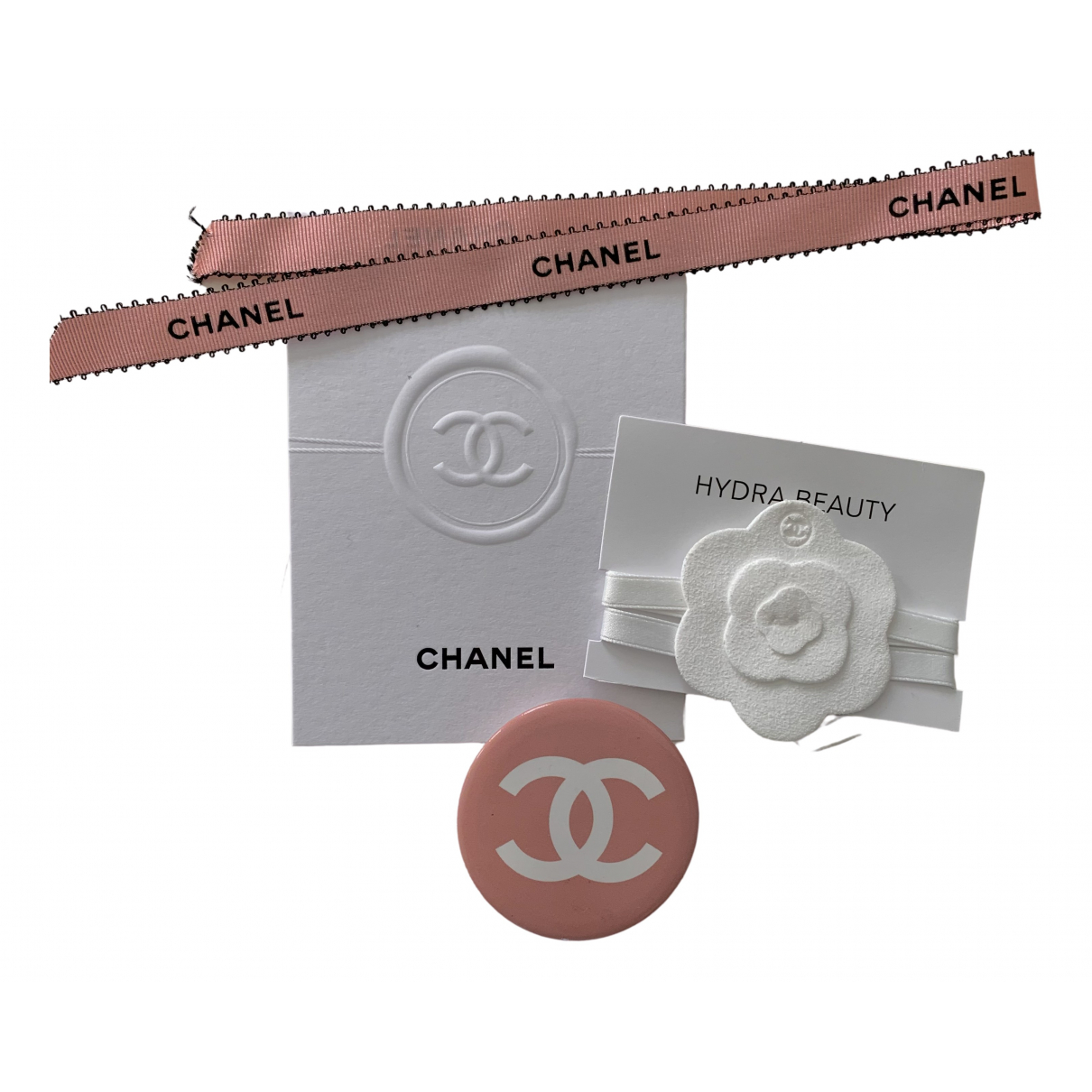 Chanel CC Brosche in  Bunt Metall