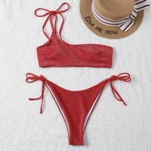 Bañador bikini con cordon lateral con un hombro