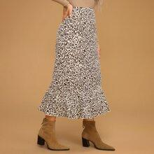Rock mit Leopard Muster und Rueschenbesatz