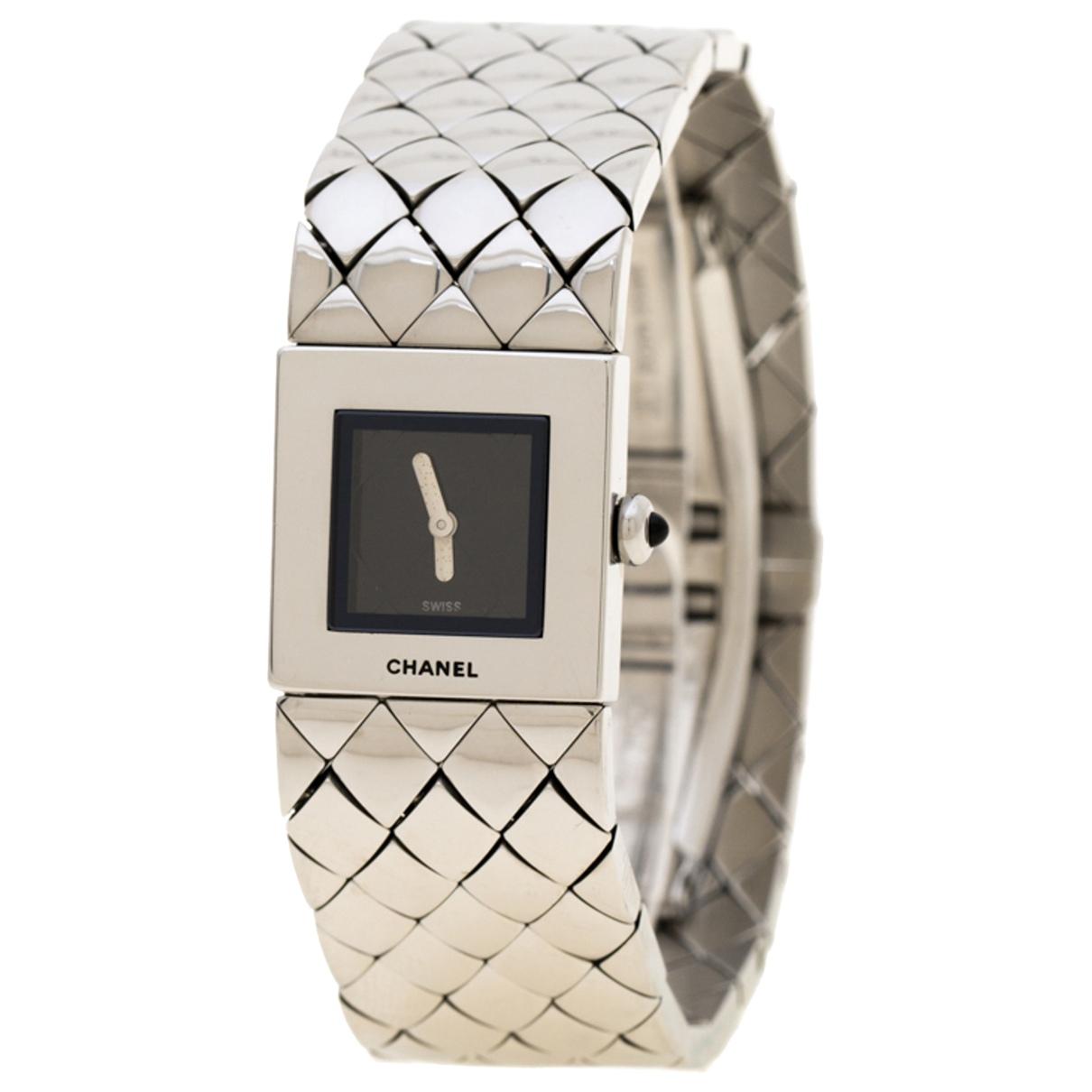 Chanel Matelassee Uhr in  Schwarz Stahl