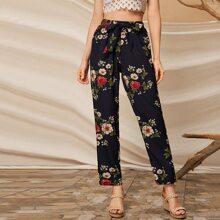 Pantalones de pierna recta con cinturon con estampado floral