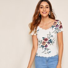 Floral Print Scalloped Short Sleeve Top