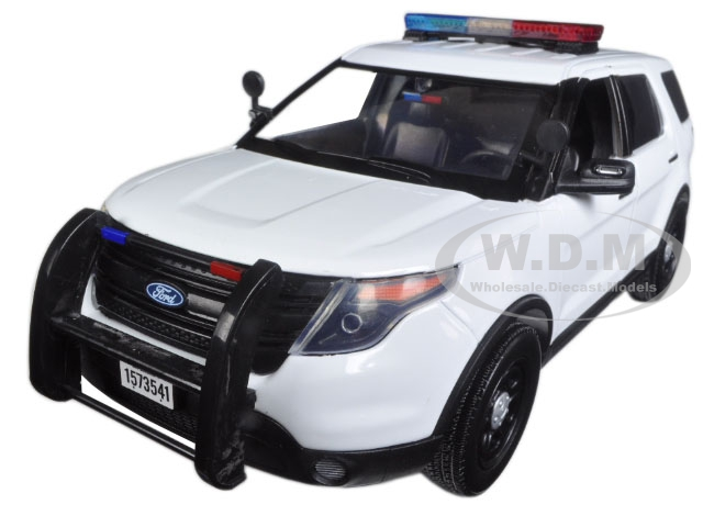 2015 Ford Police Interceptor Utility White with Flashing Light Bar Front and Rear Lights and 2 Sounds 1/18 Diecast Model Car  by Motormax