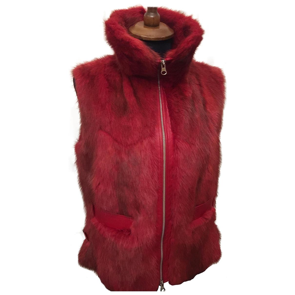 - Veste   pour femme en fourrure - rouge