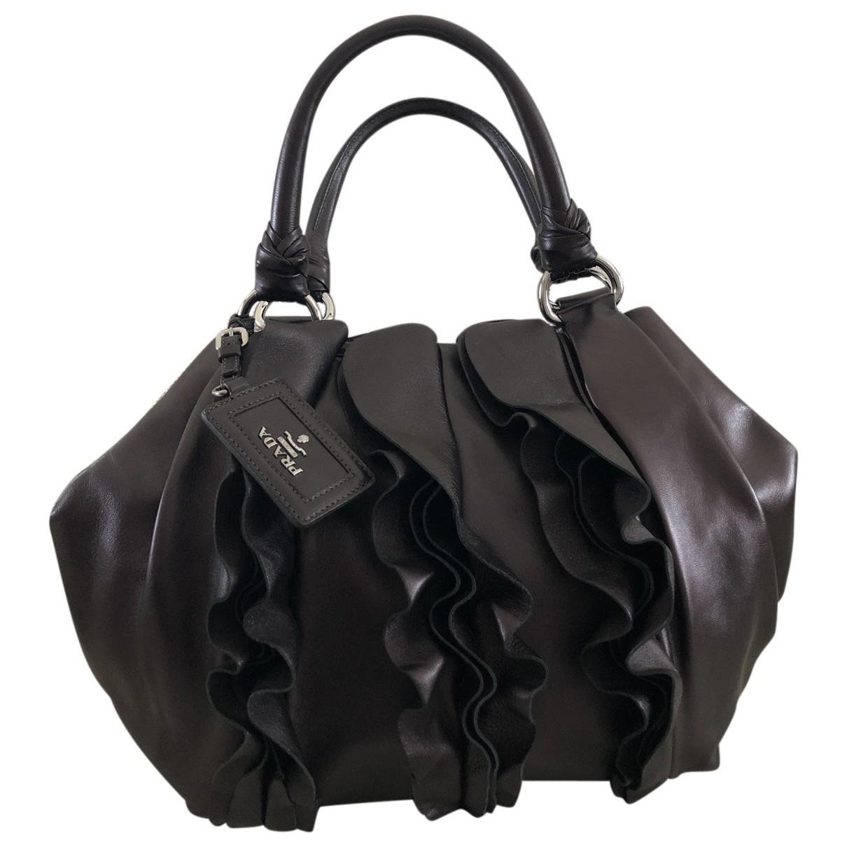 Prada \N Handtasche in Leder