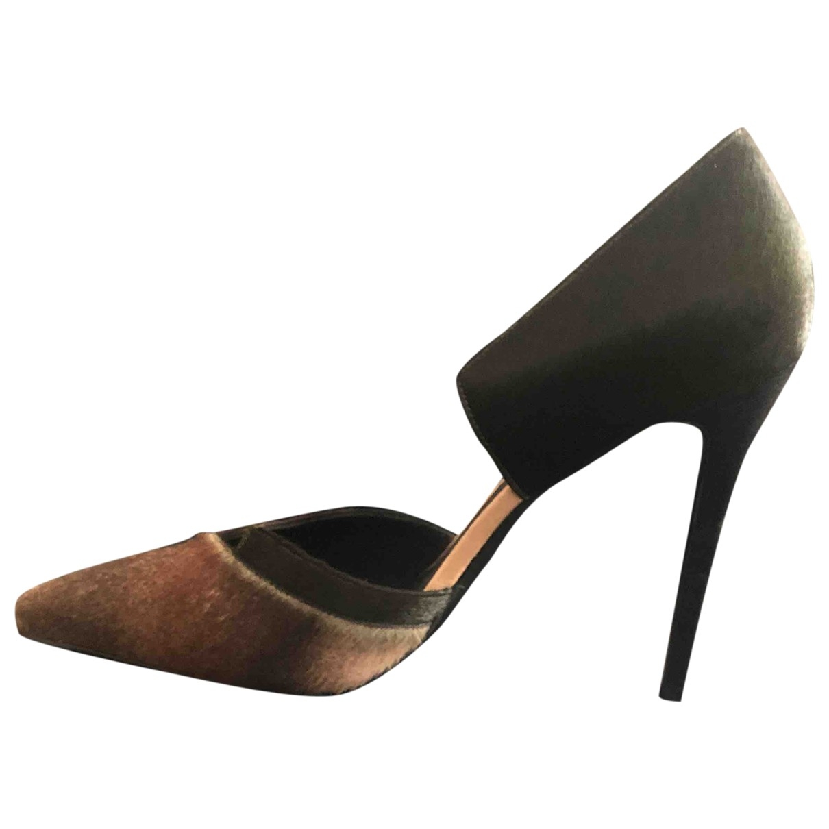 Fendi \N Pony-style calfskin Heels for Women 41 EU