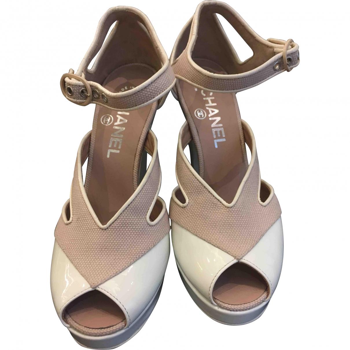 Chanel \N Beige Cloth Heels for Women 35.5 EU