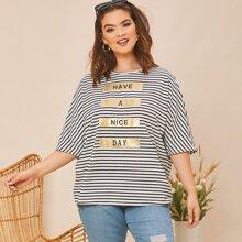 T-Shirt mit Buchstaben Grafik und Streifen