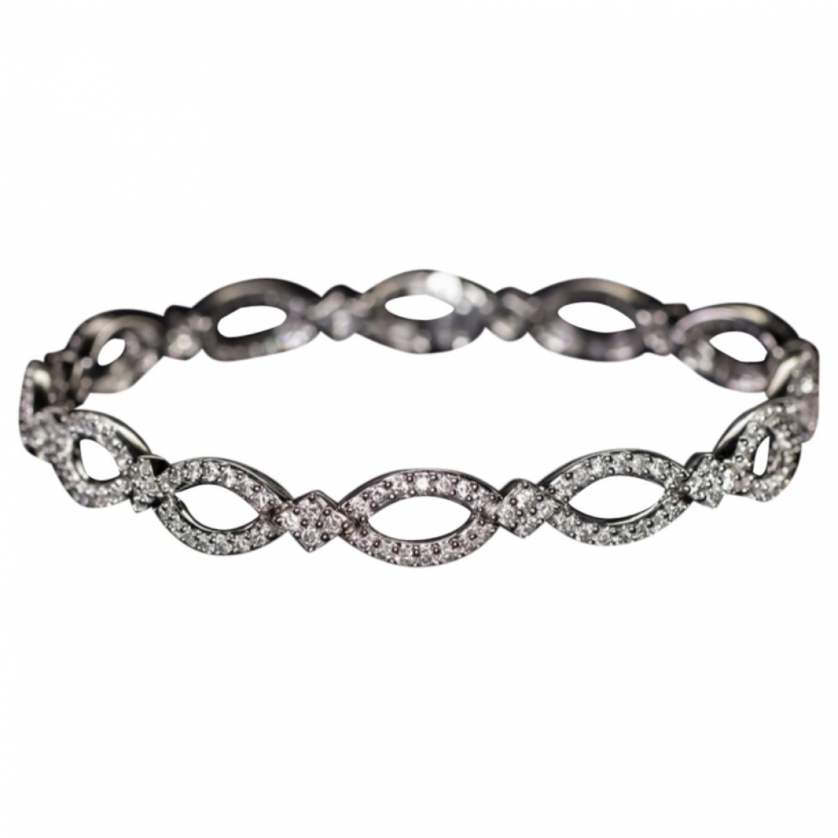 Non Signe / Unsigned \N Armband in  Weiss Weissgold