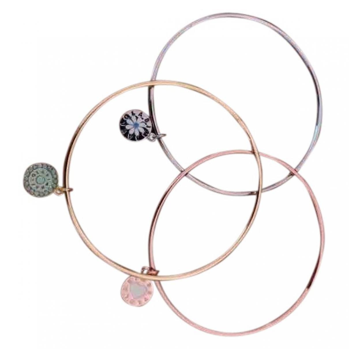 Bimba Y Lola \N Gold Metal bracelet for Women \N