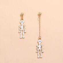 Skull Charm Mismatched Drop Earrings