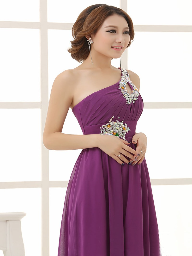 Eleagnt A-Line One Shoulder Beading Bridesmaid Dress