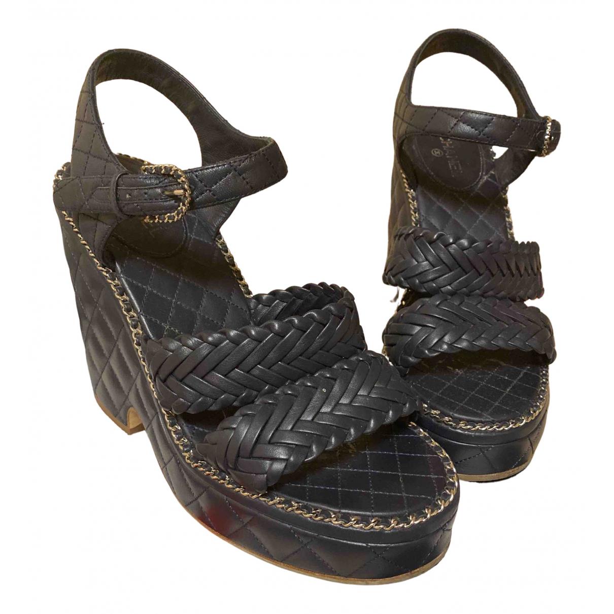 Chanel \N Navy Leather Heels for Women 37.5 EU