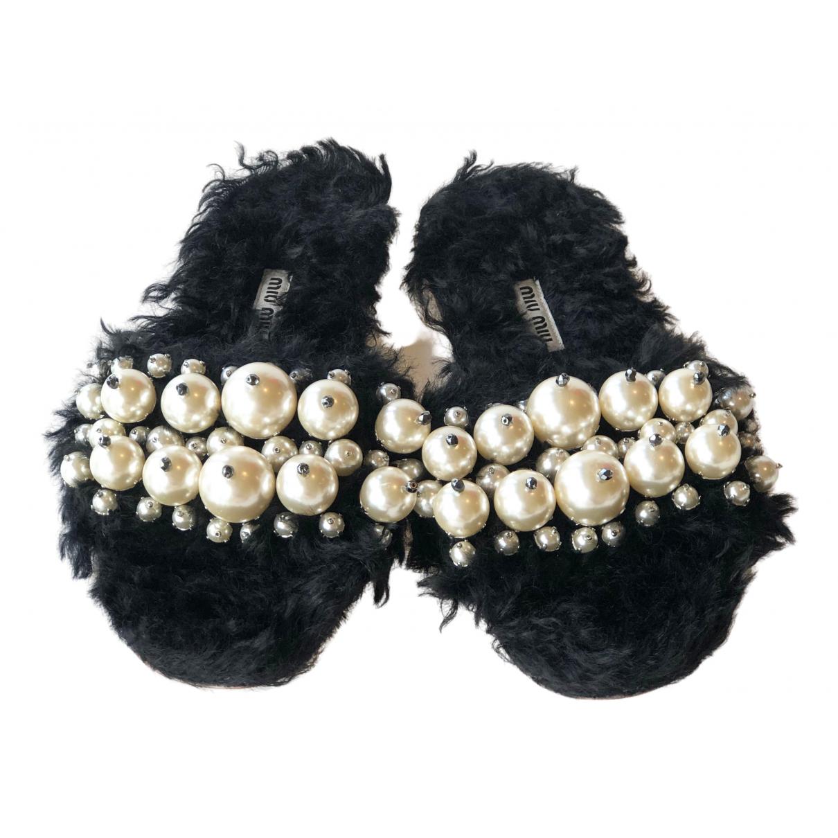 Miu Miu \N Black Faux fur Sandals for Women 36.5 EU
