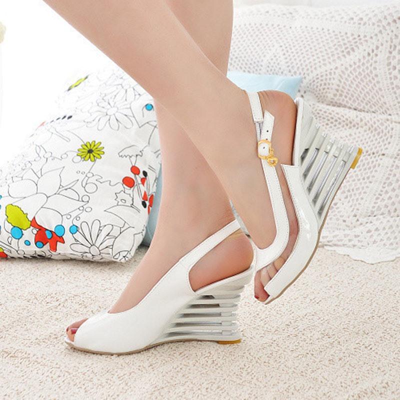 Ericdress Peep Toe Slip-On Wedge Heel Casual Sandals