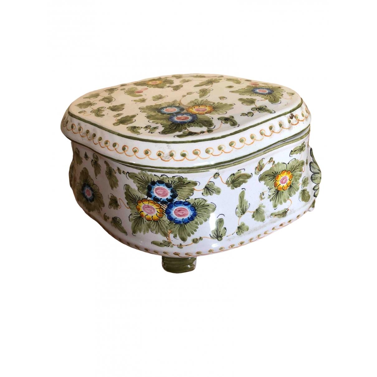 Objeto de decoracion de Porcelana Non Signe / Unsigned
