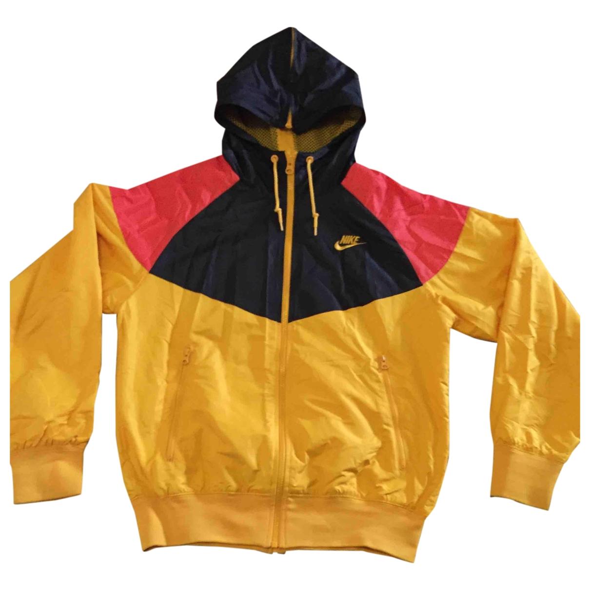 Nike \N Maentel in  Gelb Synthetik