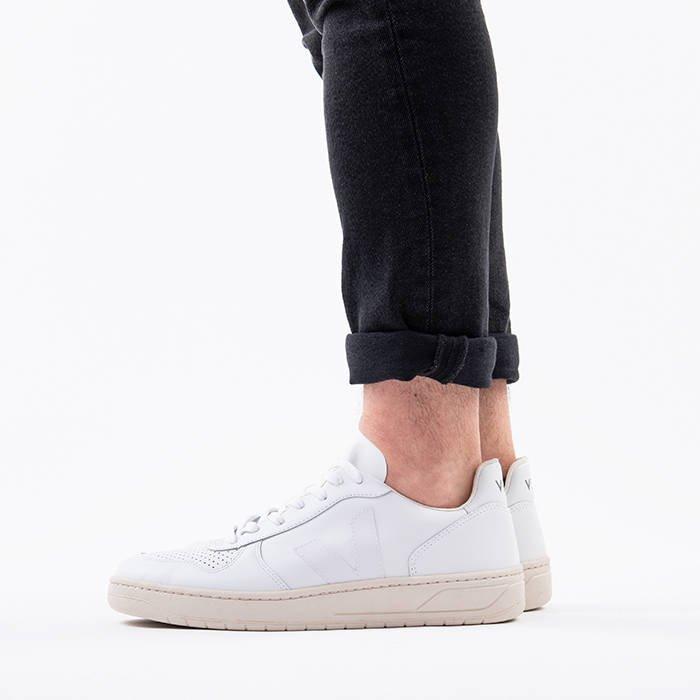 Veja V-10 Leather Extra White Black VXM021270