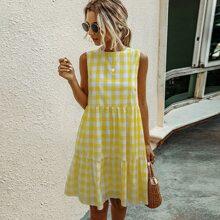 Kleid mit Karo Muster und Raffungsaum