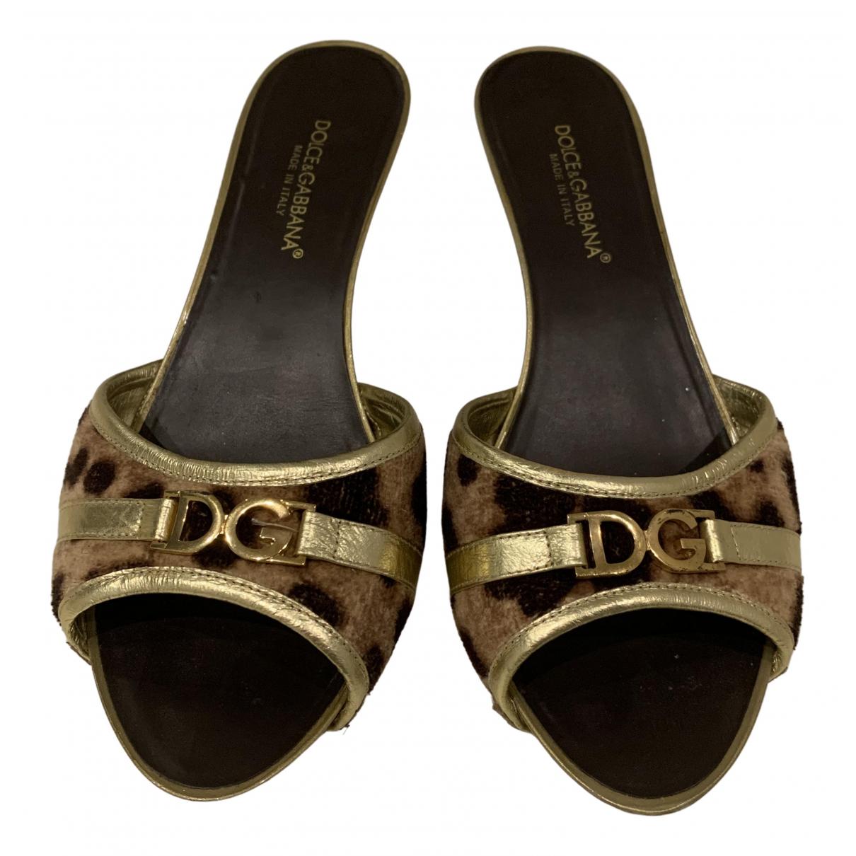 Dolce & Gabbana \N Sandalen in  Gold Leder