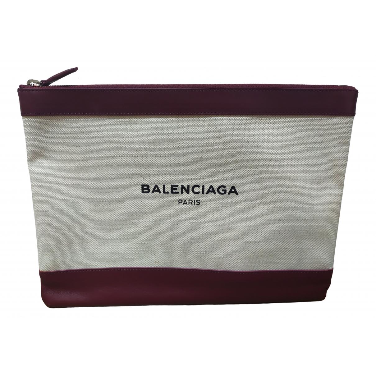 Balenciaga Everyday Clutch in  Beige Leinen
