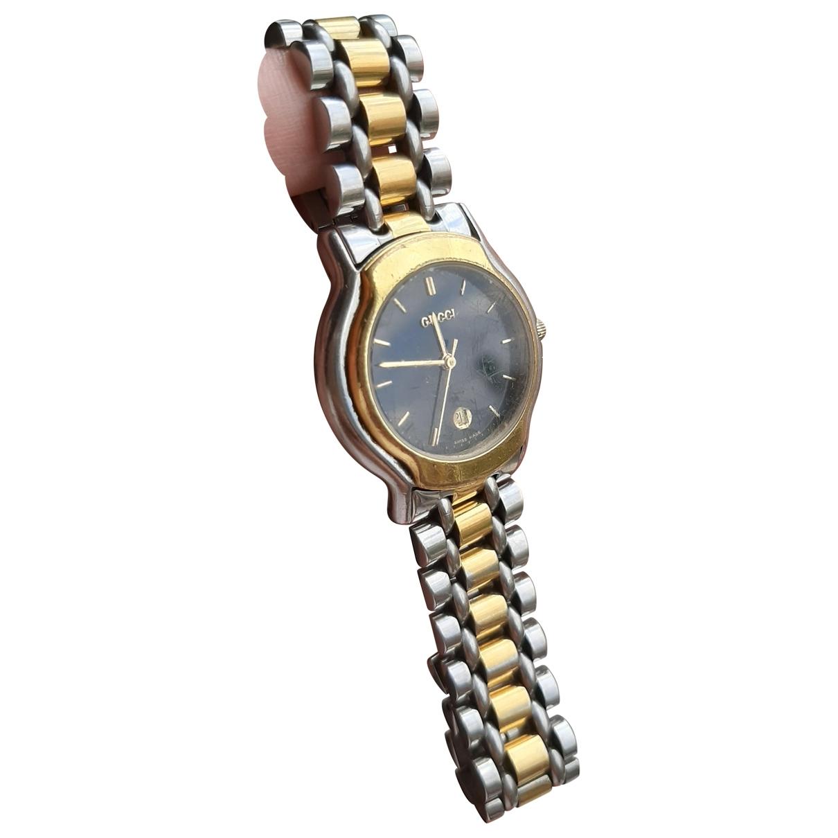 Gucci \N Uhr in  Gold Gold und Stahl