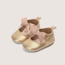 Baby Girl Bow Decor Flats
