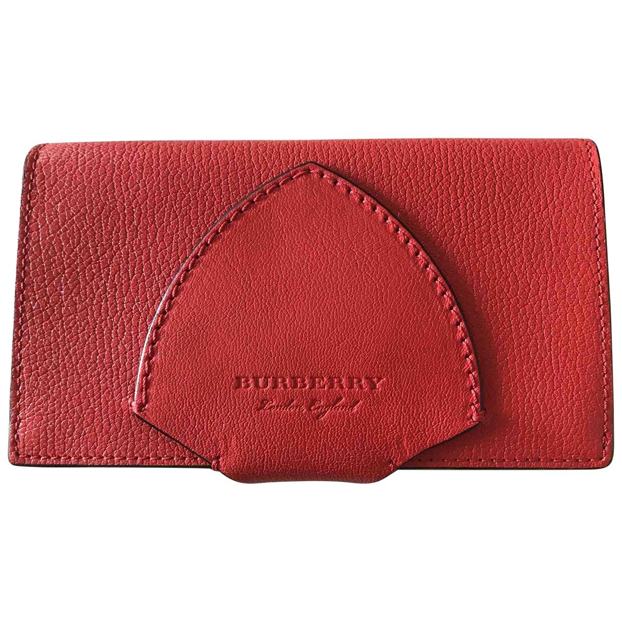 Burberry \N Portemonnaie in  Rot Leder