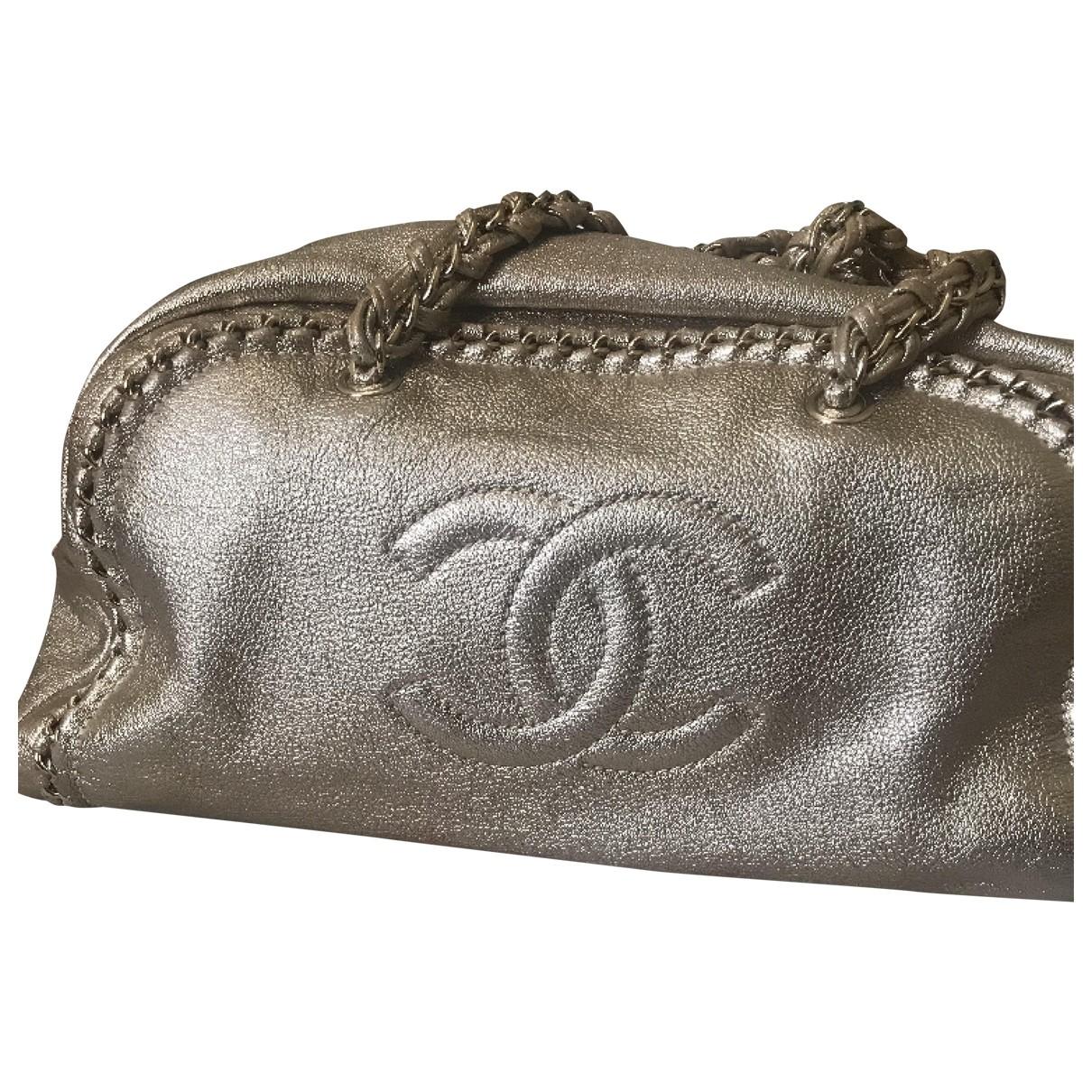 Chanel \N Handtasche in  Gold Leder