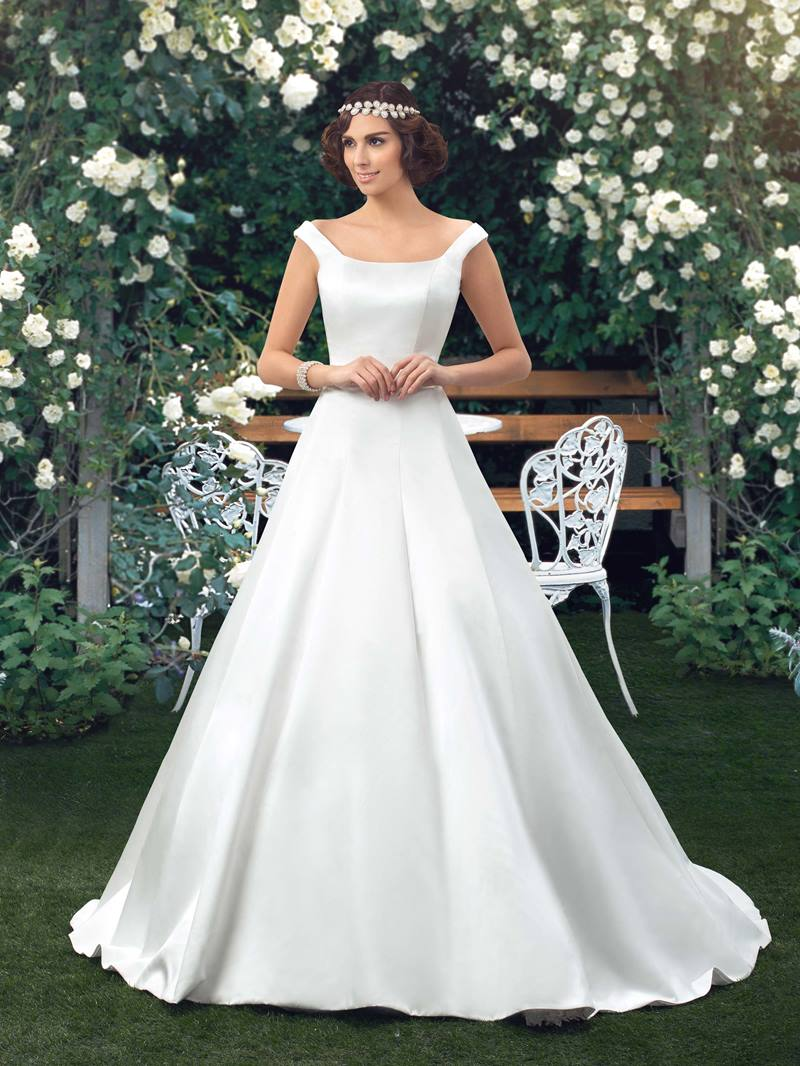 Ericdress Button Simple Off the Shoulder Wedding Dress