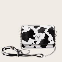 Bolsa bandolera con cadena con estampado de vaca