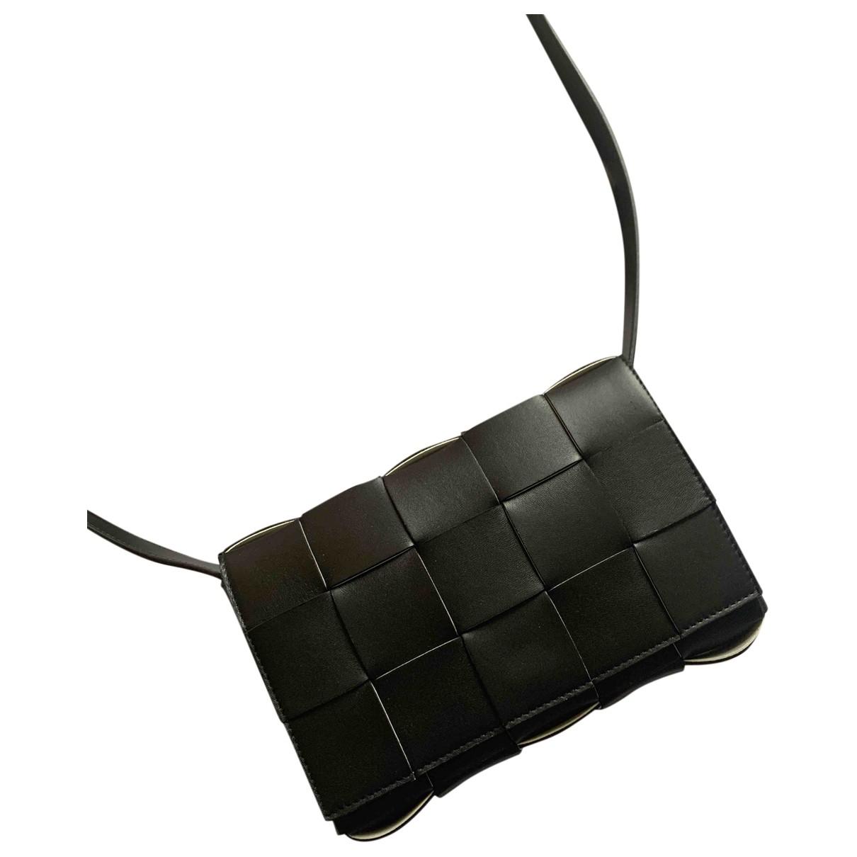Bottega Veneta Cassette Black Leather handbag for Women \N