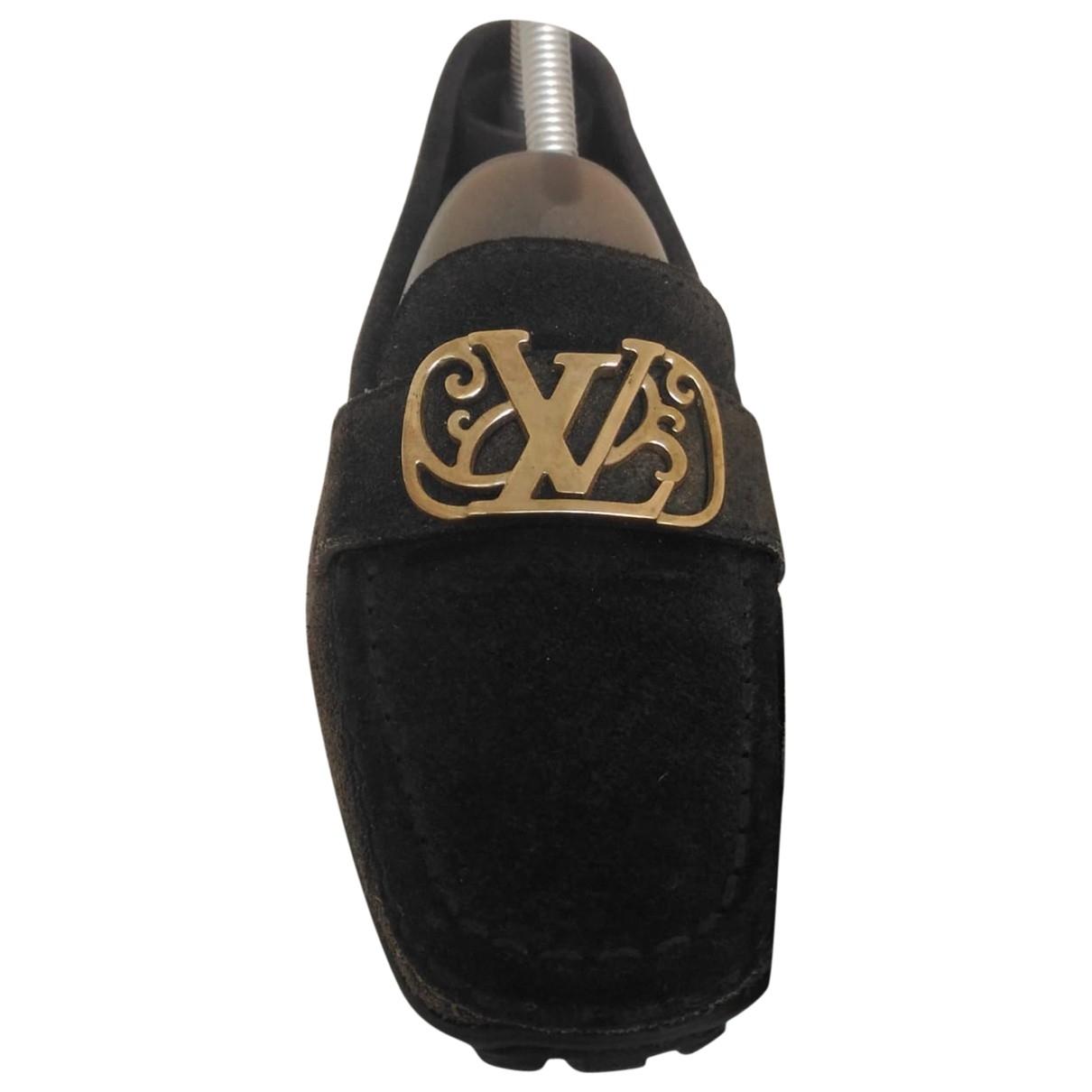 Louis Vuitton \N Mokassins in  Schwarz Veloursleder