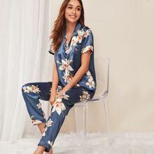 Pajama Set mit Blumen Muster