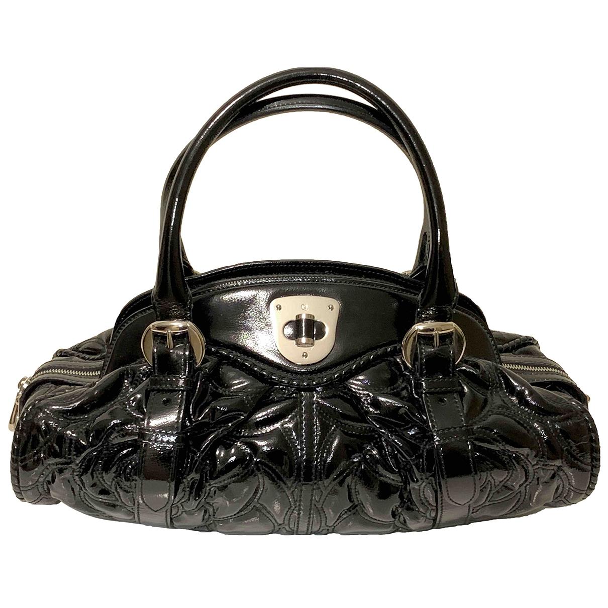 Alexander Mcqueen \N Handtasche in  Schwarz Lackleder