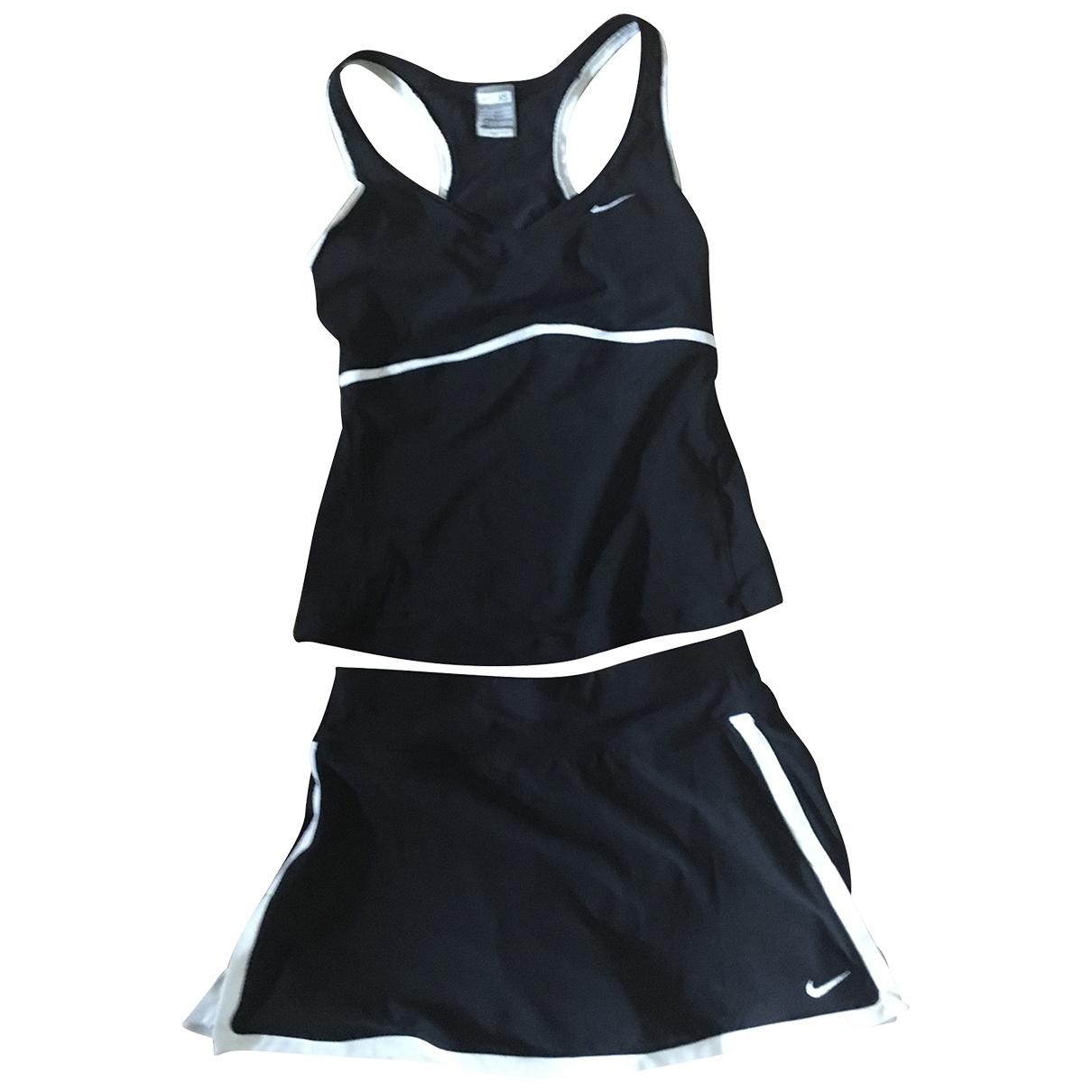 Nike \N Kleid in  Schwarz Polyester