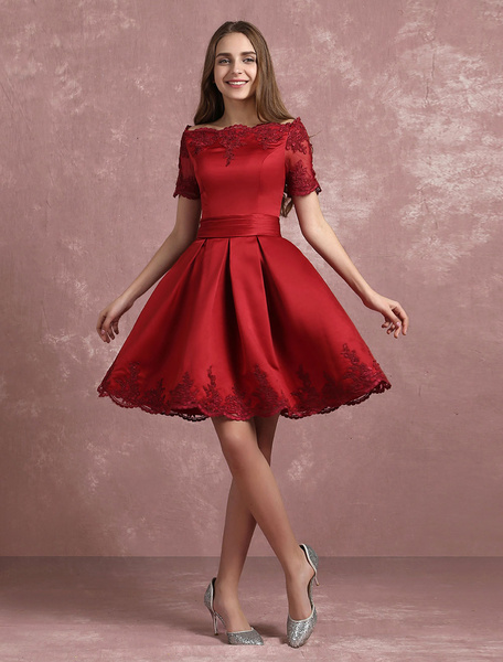 Milanoo Burgundy Homecoming Dress Bateau Lace Applique Short Prom Dress Satin Short Sleeve Pleated A Line Party Dress
