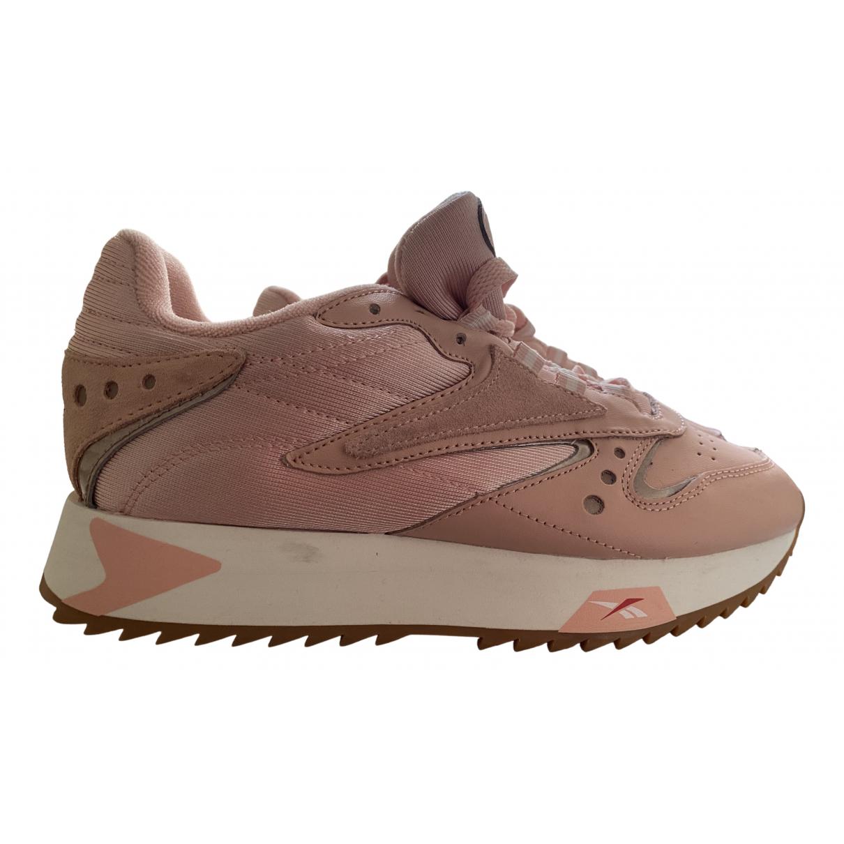 Reebok \N Sneakers in  Rosa Leder