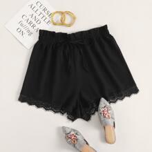 Shorts mit Papiertasche Taille und Spitzenbesatz
