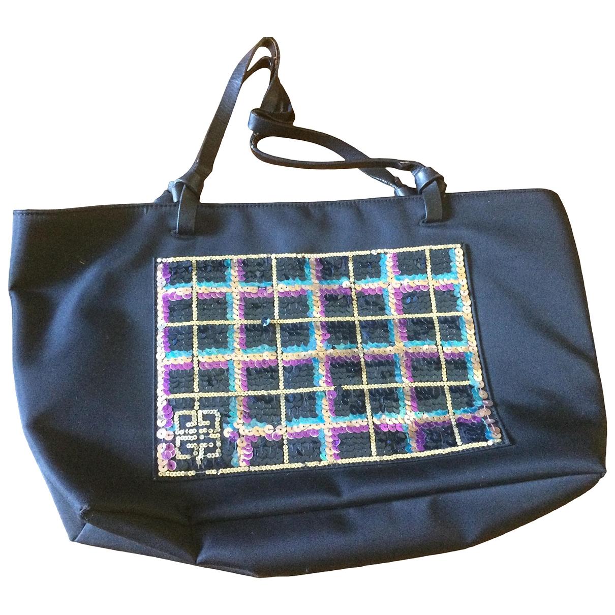 Givenchy \N Handtasche in  Schwarz Mit Pailletten