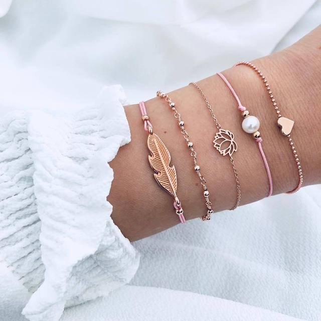 Trendy Geometric Pendant Braided Bracelet Pearl Peach Heart Leaf Chain Bracelet Set Chic Jewelry
