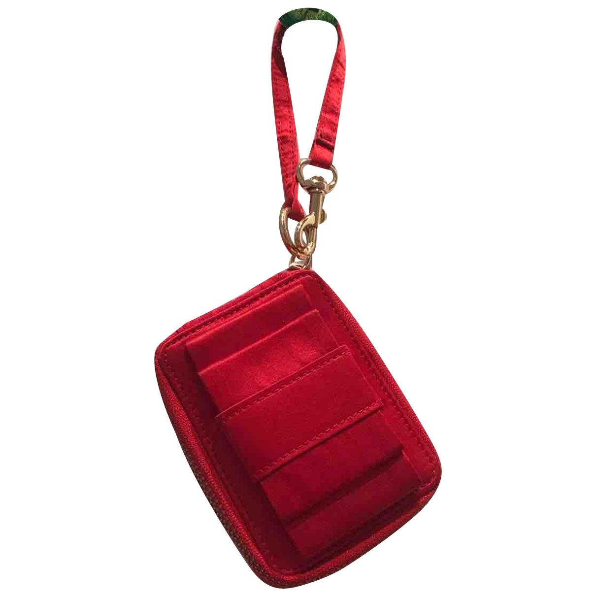Valentino Garavani \N Red Silk Clutch bag for Women \N