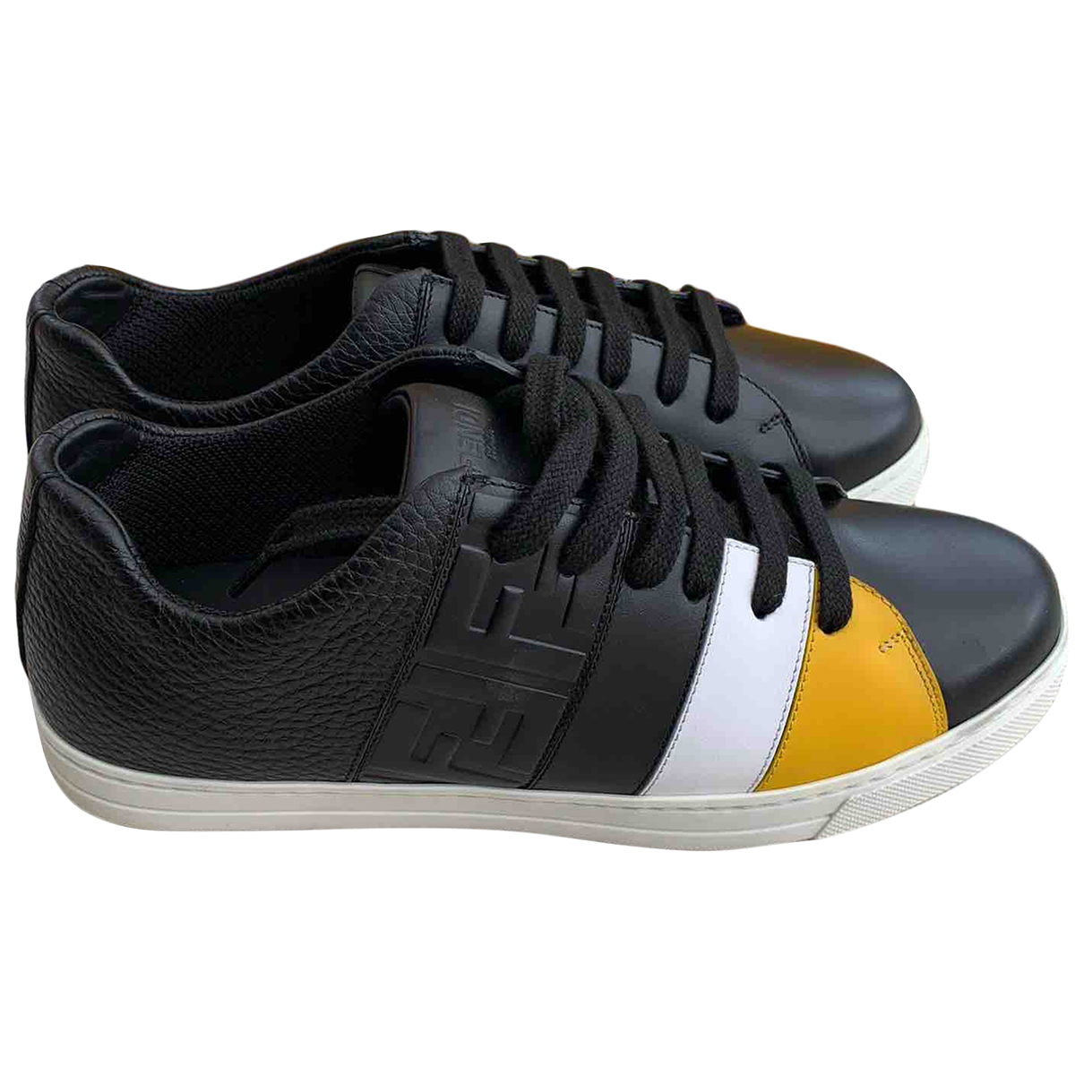 Fendi \N Sneakers in  Schwarz Leder