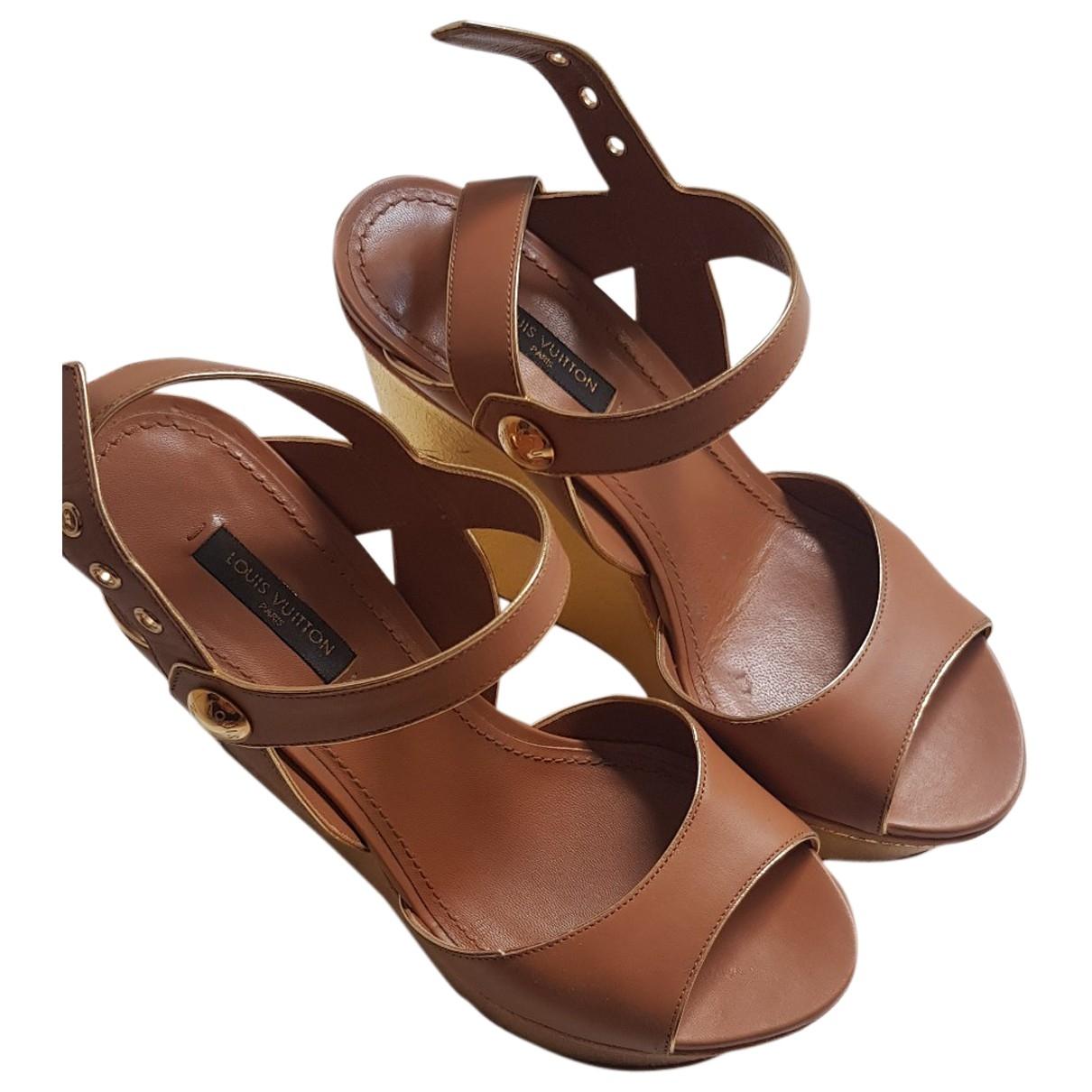 Louis Vuitton - Sandales   pour femme en cuir - camel