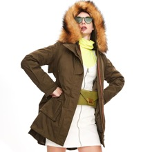 Jazzevar Mantel mit Kordelzug um die Taille, Taschen Flicken, Kunstpelz und Kapuze