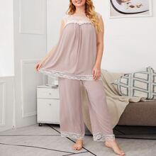 Grosse Grossen - Top mit Spitze & Hose mit breitem Beinschnitt Schlafanzug Set