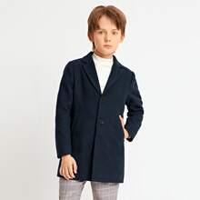 Einfarbiger Mantel mit Knopfen vorn