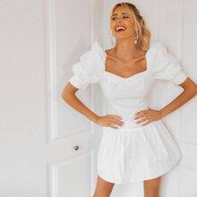Kleid mit Herzen Muster, Puffaermeln und Raffungsaum