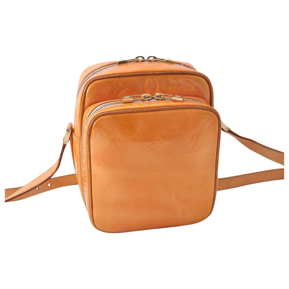 Louis Vuitton \N Handtasche in  Orange Lackleder
